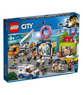 LEGO® City Town 60233 Donut shop opening, Age 6+, Building Blocks (790pcs)